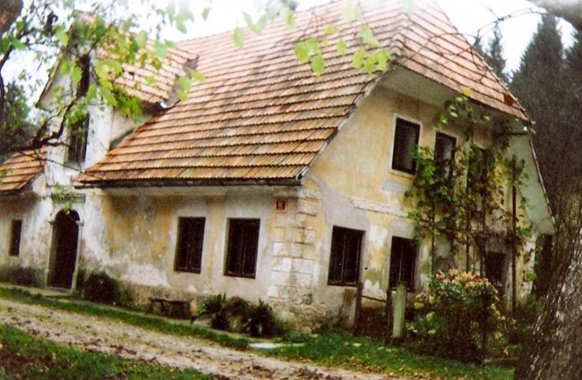 Stara-hiša